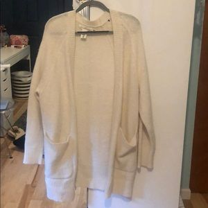 H&M creme colored cardigan with pockets!
